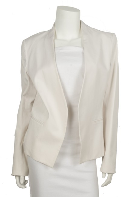 Item - White Collarless Open Front Blazer Size 12 (L)