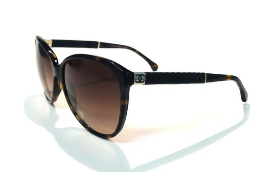 Chanel Vintage Chanel Tortoise Shell Leather CH 5225Q 714 Free 3 Day Shipping Image 4
