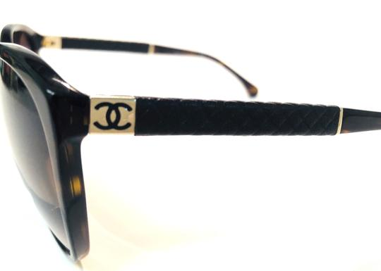 Chanel Vintage Chanel Tortoise Shell Leather CH 5225Q 714 Free 3 Day Shipping Image 5