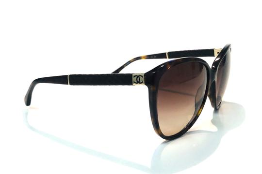 Chanel Vintage Chanel Tortoise Shell Leather CH 5225Q 714 Free 3 Day Shipping Image 9