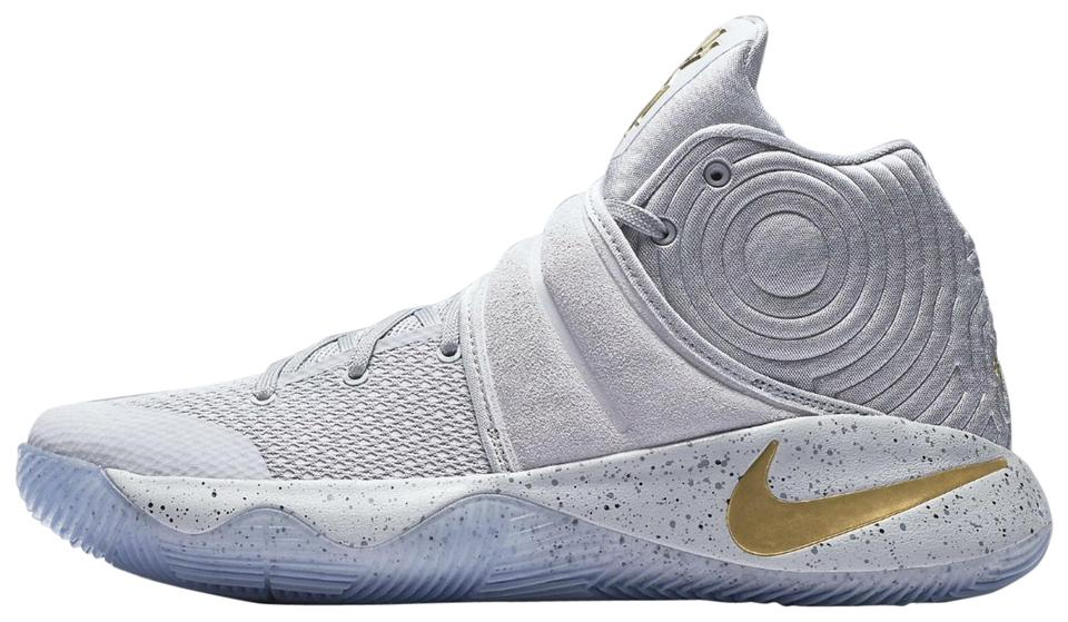 more photos 5a1fd a18d9 Nike Grey Mens Kyrie 2 Battle Sneakers Size US 9.5 Regular (M, B) 63% off  retail