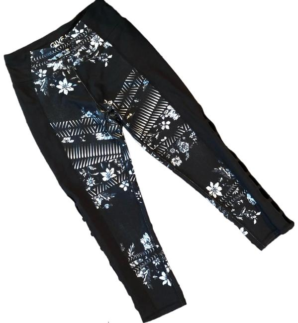 Item - Black and White Soft Floral Compression Activewear Bottoms Size 2 (XS)