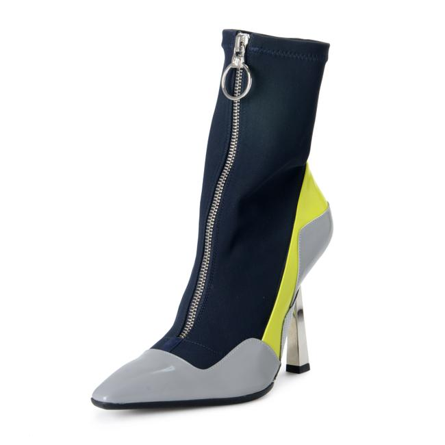 Item - Multi-color Shoes-4240 Boots/Booties Size US 6 Regular (M, B)