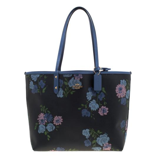 Preload https://img-static.tradesy.com/item/25708444/coach-city-navy-bluebeige-floral-print-and-signature-reversible-ci-blue-coated-canvas-tote-0-0-540-540.jpg