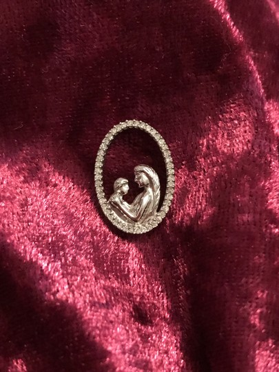CID NEW Solid 10k White Gold Diamond Mother & Child Pendant &/ Or Charm Image 2