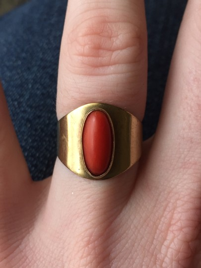 Vintage Solid 14k Yellow Gold HEAVY Wide Vintage Coral Ring Size 7 Image 1