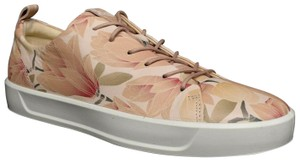 Ecco Soft Sneaker Lace Up Floral Athletic