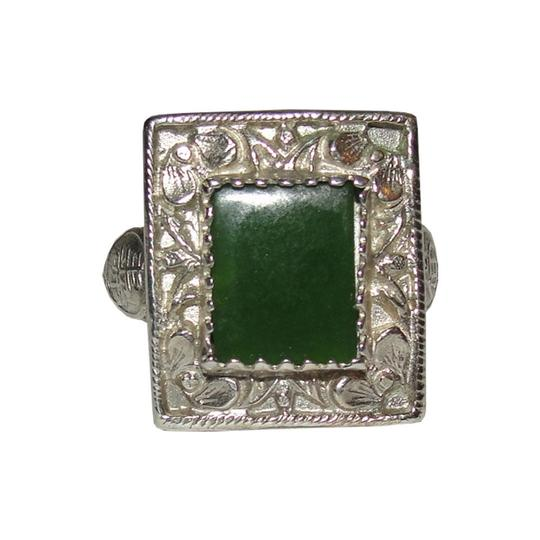 Alberto Juan Women's Antique Chinese Inspired Sterling Silver and Jade Ring Image 2