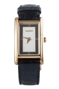 Gucci Silver Gold Plated 2600L Women's Wristwatch 19 mm