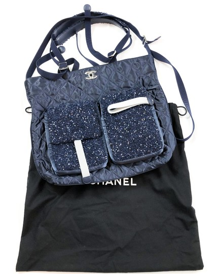 Chanel Shopping Fantasy Tweed Cc Quilted Runway Tote in NAVY BLUE Image 1