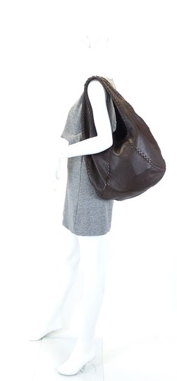 Bottega Veneta Leather Braided Intrecciato Hobo Bag Image 9