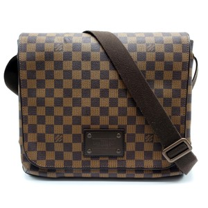 8451dcf0 Louis Vuitton Messenger & Book Bags - up to 70% off at Tradesy