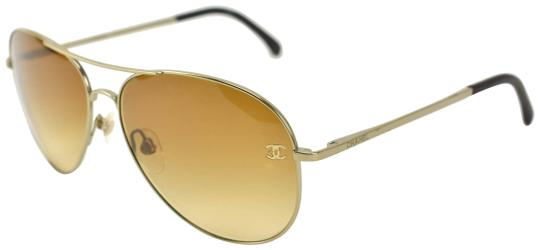 Preload https://img-static.tradesy.com/item/25709818/chanel-aviator-pale-gold-metal-cc-logo-and-leather-cb-sunglasses-0-1-540-540.jpg