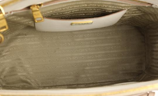 Prada Bicolor Double Zip Tote Saffiano Leather Satchel in Beige Image 7
