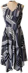 Julia Jordan Striped Sleeveless Flowy Fun Dress