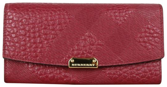 Preload https://img-static.tradesy.com/item/25712106/burberry-dark-plum-leather-grain-check-porter-continental-3987316-wallet-0-1-540-540.jpg