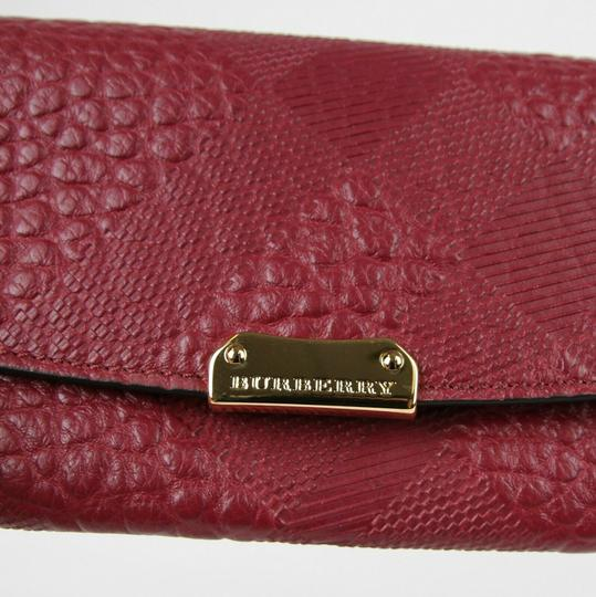Burberry Dark Plum Leather Grain Check Porter Continental Wallet 3987316 Image 4