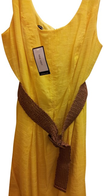 Item - Yellow Belted Burnout Fit & Flare Mid-length Short Casual Dress Size 8 (M)