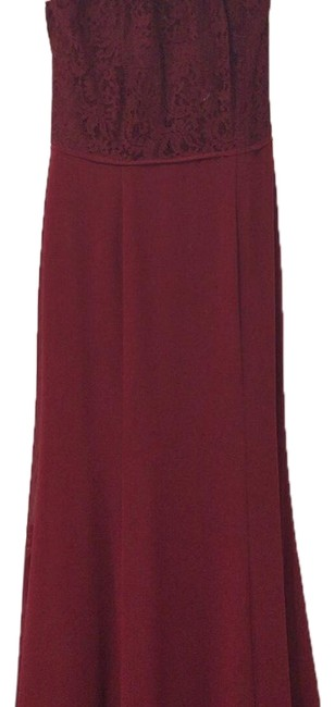 Item - Burgundy 2994 Long Formal Dress Size 8 (M)