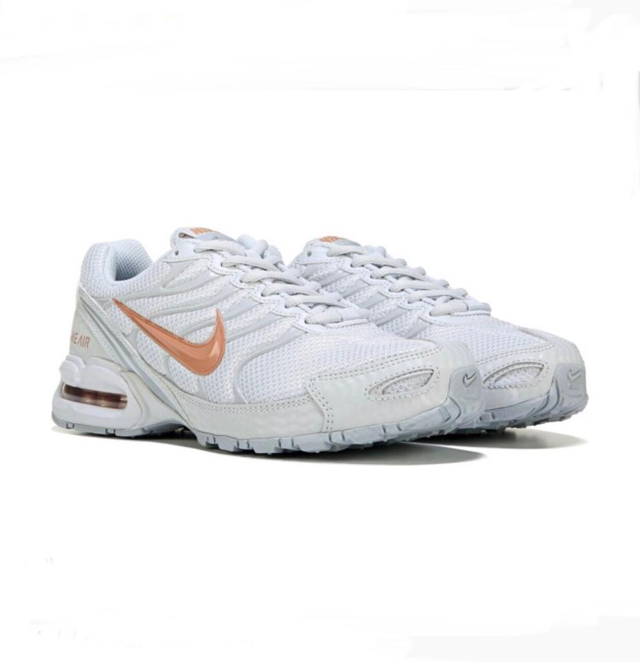 san francisco d0d1b 041c8 Nike Platinum/Rose Gold Air Max Torch 4 Sneakers Size US 8 Regular (M, B)