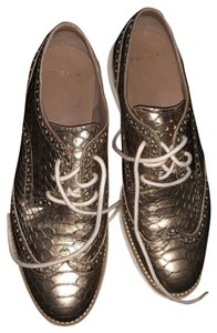 Cole Haan Champagne leather, embossed to look like crocodile Athletic