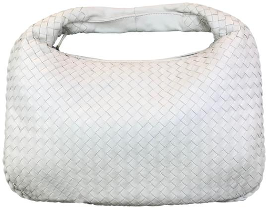 Preload https://img-static.tradesy.com/item/25714848/bottega-veneta-intrecciato-white-leather-hobo-bag-0-1-540-540.jpg