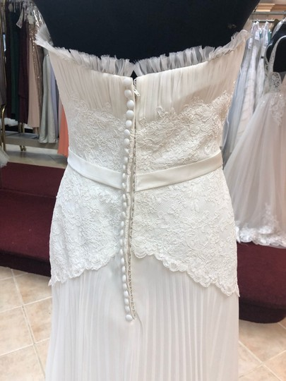 Anjolique Ivory Chiffon and Lace Light Airy Gown with Beaded Top Destination Wedding Dress Size 6 (S) Image 4