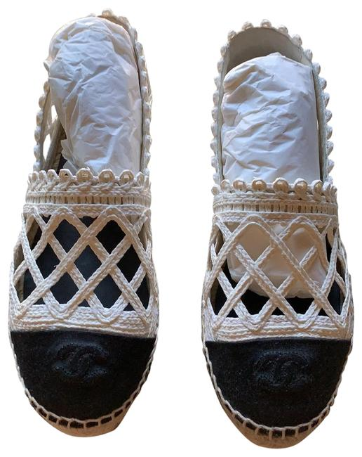 Item - White/Black Espadrilles Flats Size US 8 Regular (M, B)