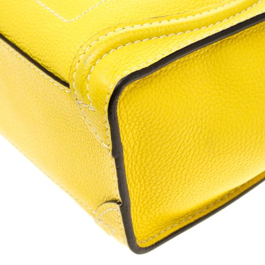 Céline Leather Tote in Yellow Image 6