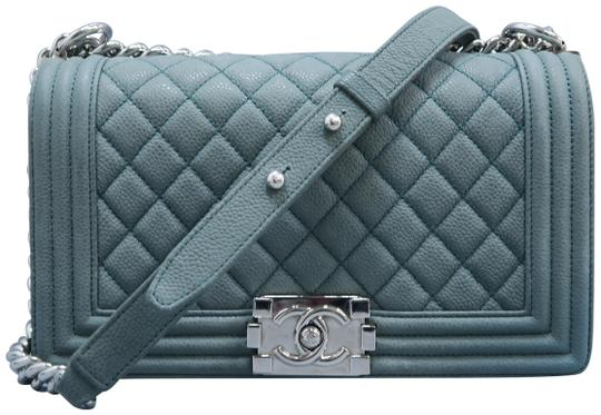 Preload https://img-static.tradesy.com/item/25718609/chanel-handbag-boy-medium-darkseagreen-caviar-shoulder-bag-0-1-540-540.jpg
