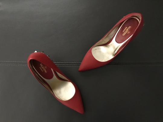 Valentino Jaw Stud Pointed Toe Red Rockstud Rosso (Red) Pumps Image 11
