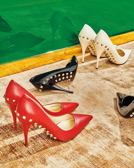 Valentino Jaw Stud Pointed Toe Red Rockstud Rosso (Red) Pumps Image 4