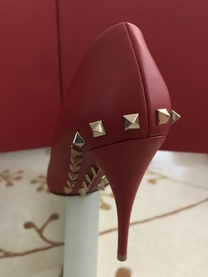 Valentino Jaw Stud Pointed Toe Red Rockstud Rosso (Red) Pumps Image 7