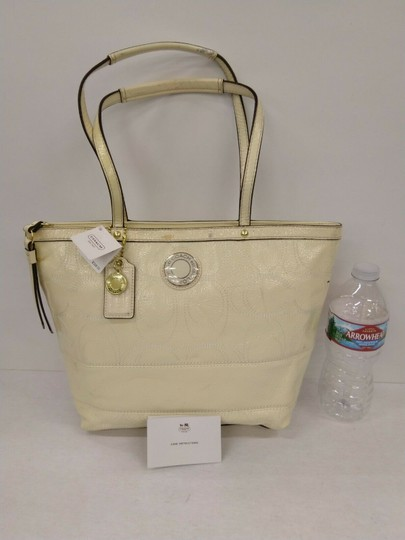 Coach 1941 19198 Tote in Ivory Image 2