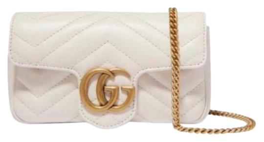 Preload https://img-static.tradesy.com/item/25718999/gucci-marmont-quilted-leather-super-mini-cross-body-bag-0-1-540-540.jpg