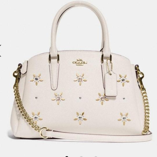 Preload https://item1.tradesy.com/images/coach-mini-sage-with-allover-studs-cream-grain-leather-cross-body-bag-25719215-0-1.jpg?width=440&height=440
