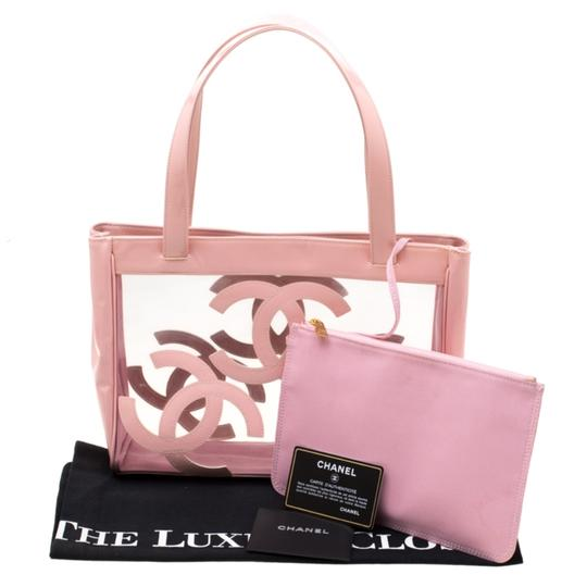 Chanel Patent Leather Canvas Tote in Pink Image 11