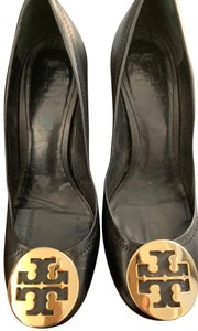 Tory Burch Black Leather Pumps
