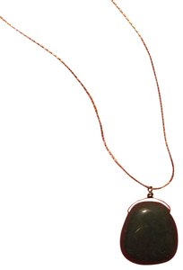 Other green stone necklace