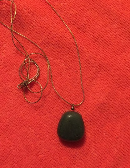 Other green stone necklace Image 1