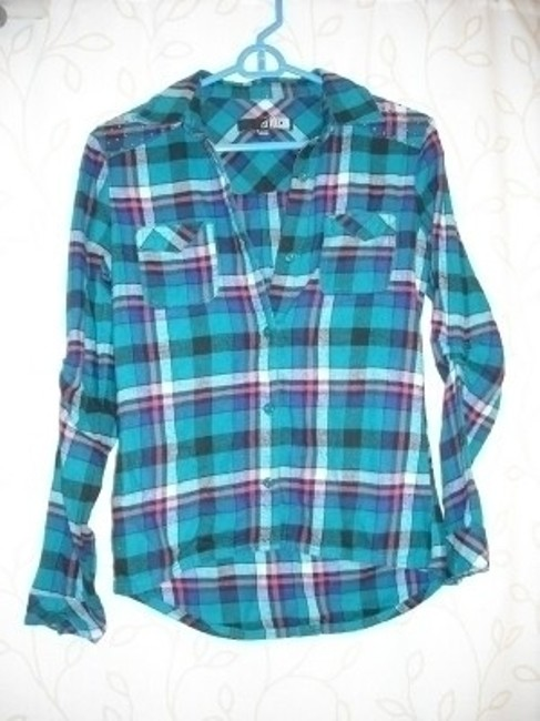 Preload https://item4.tradesy.com/images/volcom-teal-flannel-button-down-top-size-4-s-25723-0-0.jpg?width=400&height=650