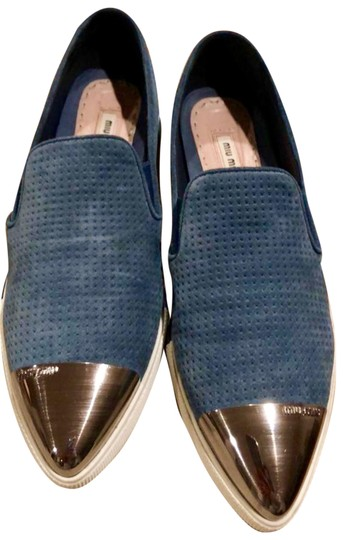 Preload https://img-static.tradesy.com/item/25723010/miu-miu-blue-white-silver-slip-on-flatssneakers-suede-limited-edition-flats-size-eu-40-approx-us-10-0-2-540-540.jpg
