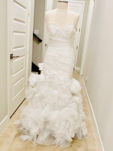 Bliss by Monique Lhuillier Ivory Strapless Mermaid Gown Formal Wedding Dress Size 6 (S)