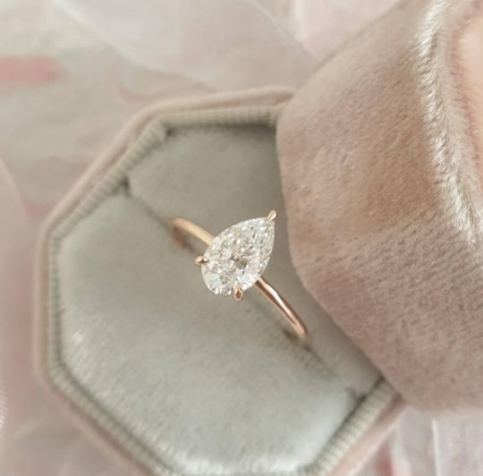 Preload https://img-static.tradesy.com/item/25723370/rose-gold-diamond-102-carat-pear-shape-solitaire-diamond-engagement-ring-0-0-540-540.jpg