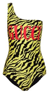 Gucci logo tiger printed one shoulder swimsuit body suit