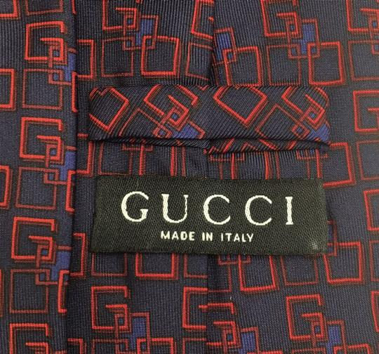 Gucci Gucci logo Used Once in fashion show Image 3