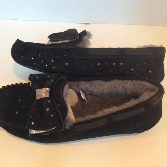 UGG Australia New With Tags Sale Black Flats Image 5
