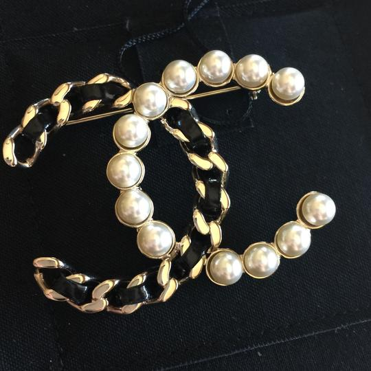 Chanel Brooch Pin Golden Black Pearl Chain Woven CC A96727 Image 5