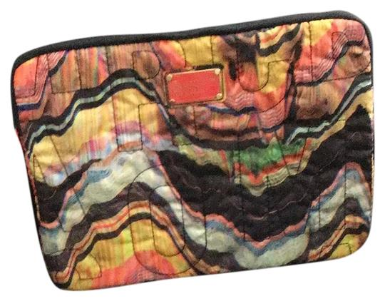 Preload https://img-static.tradesy.com/item/25724303/marc-by-marc-jacobs-multi-color-laptoptablet-case-tech-accessory-0-1-540-540.jpg