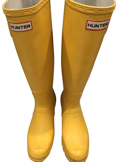 Item - Yellow Rain Boots/Booties Size EU 40 (Approx. US 10) Regular (M, B)